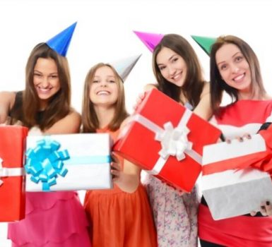 Unique Gift Ideas for 17 Year Old Female Teenage Grils